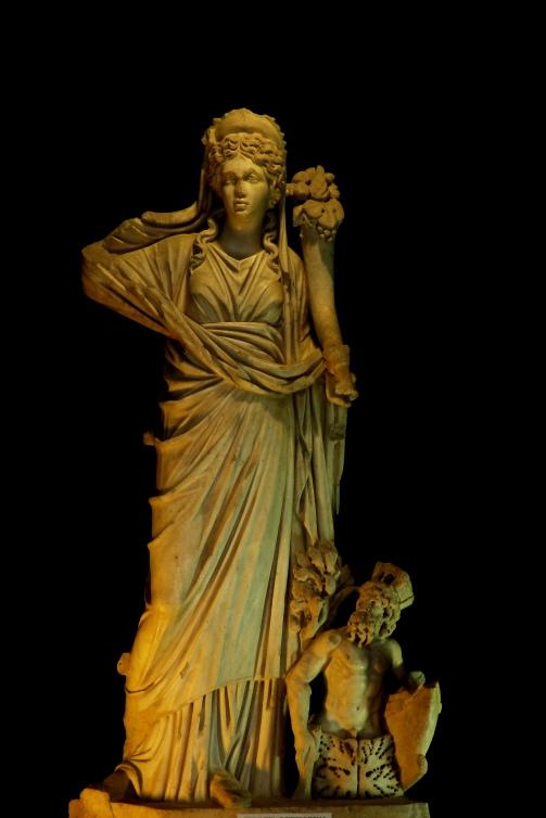 Representación de Fortuna (Museo Nacional de Historia de Constanza, Rumania). Fuente: Wikipedia (CristianChirita)